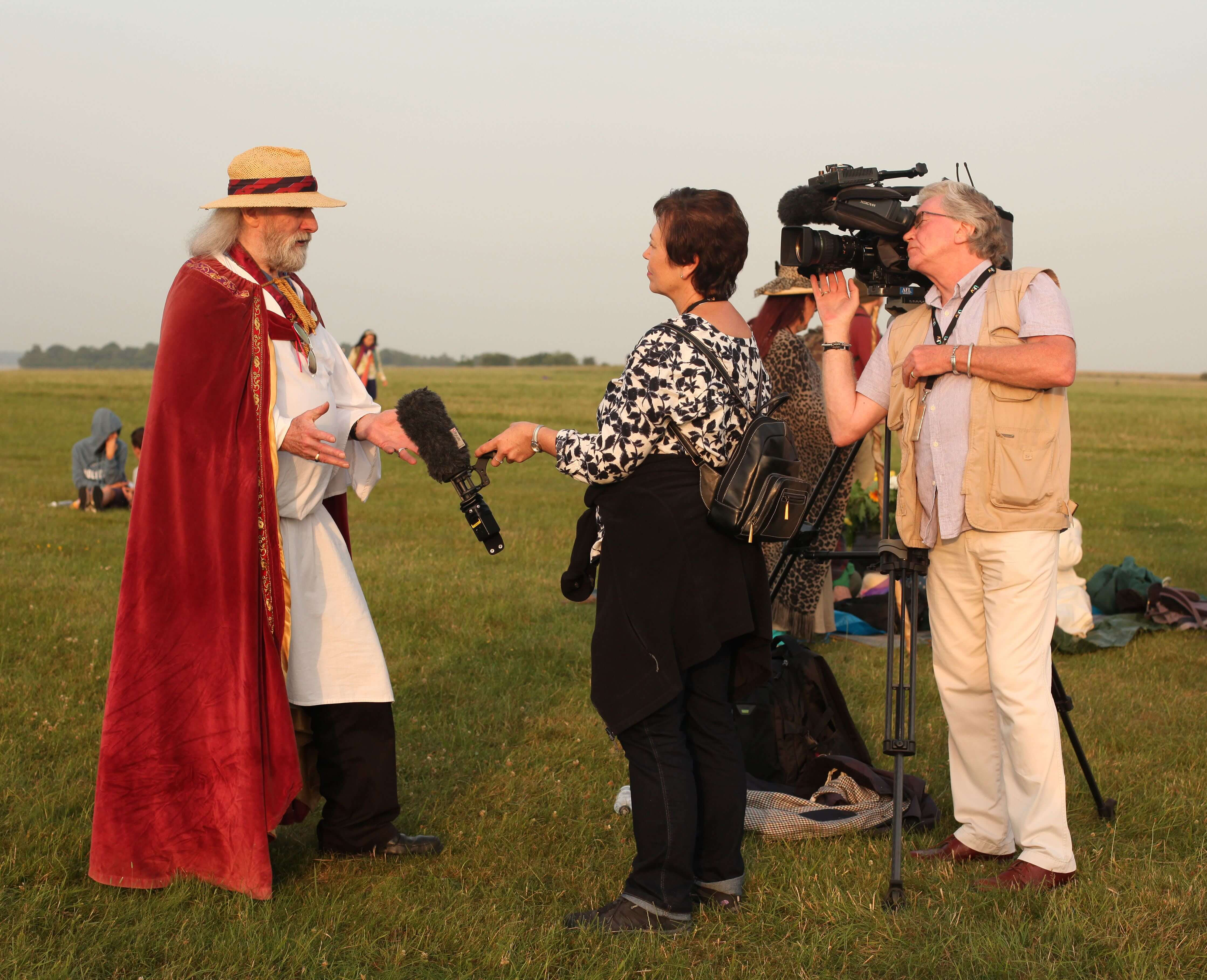 ana paganini stonehenge Summer and Winter Solstices the south west collective of photography reporters interviewing man