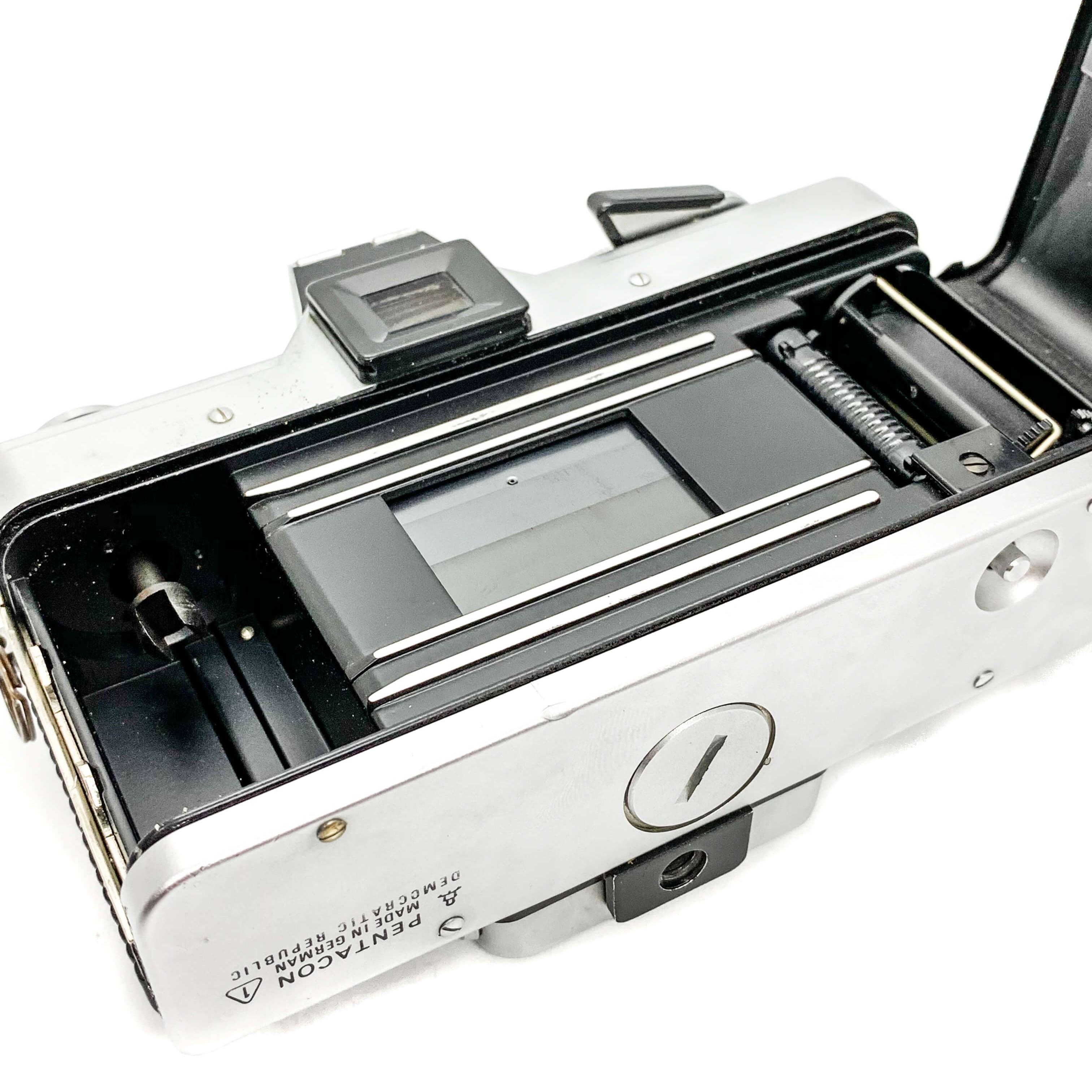 Praktica MTL3 35mm film camera for Kodak Fujifilm the south west collective of photography ltd