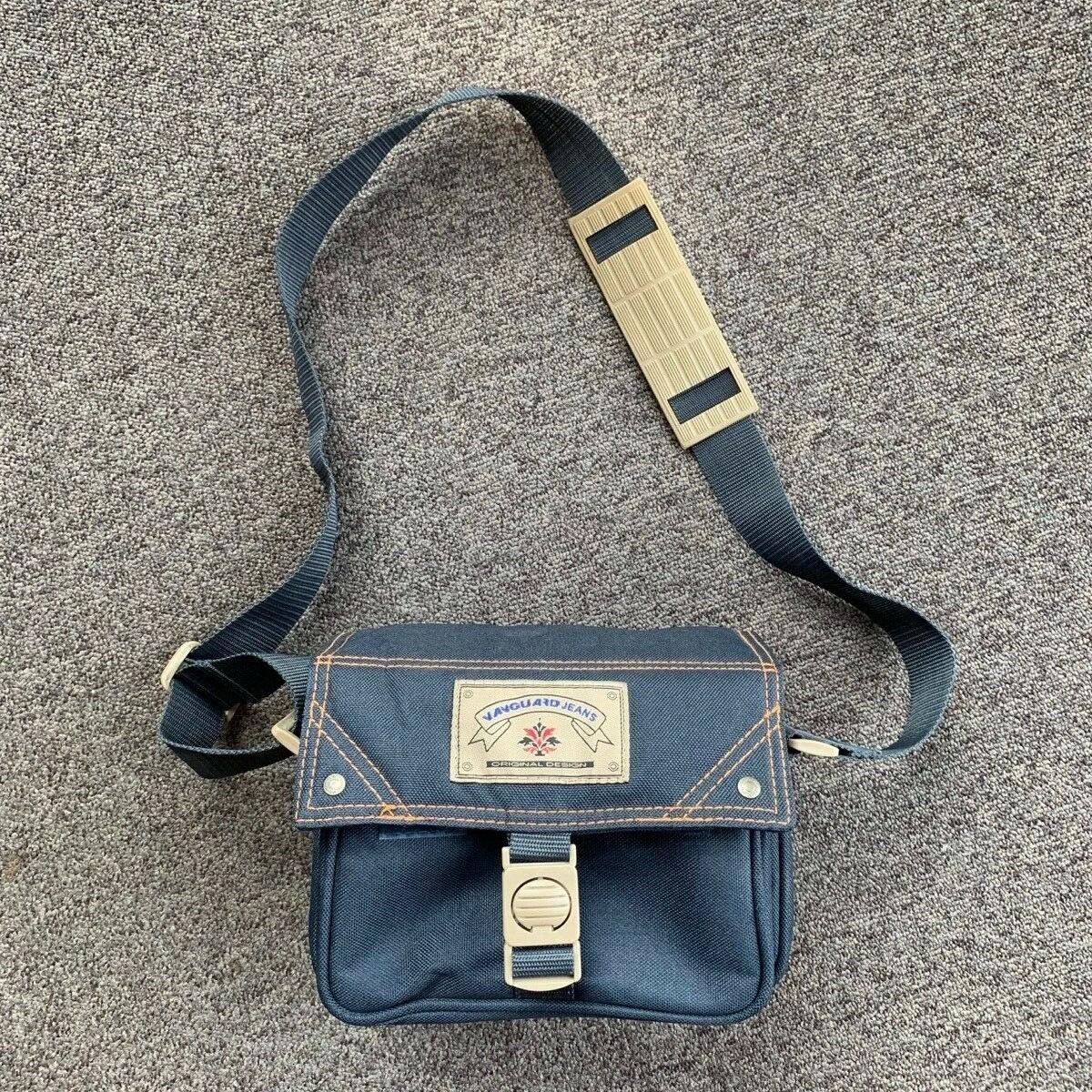 Vanguard Jeans Camera Bag