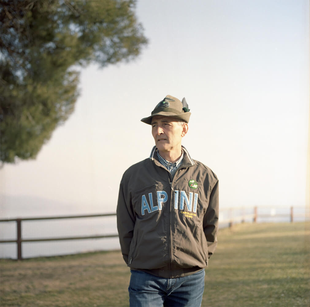 Giulia Simonotti SIAMO TUTTI ALPINI the south west collective of photography portrait of man