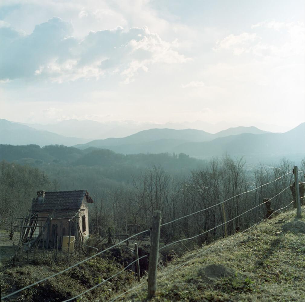 Giulia Simonotti SIAMO TUTTI ALPINI the south west collective of photography landscape with house in