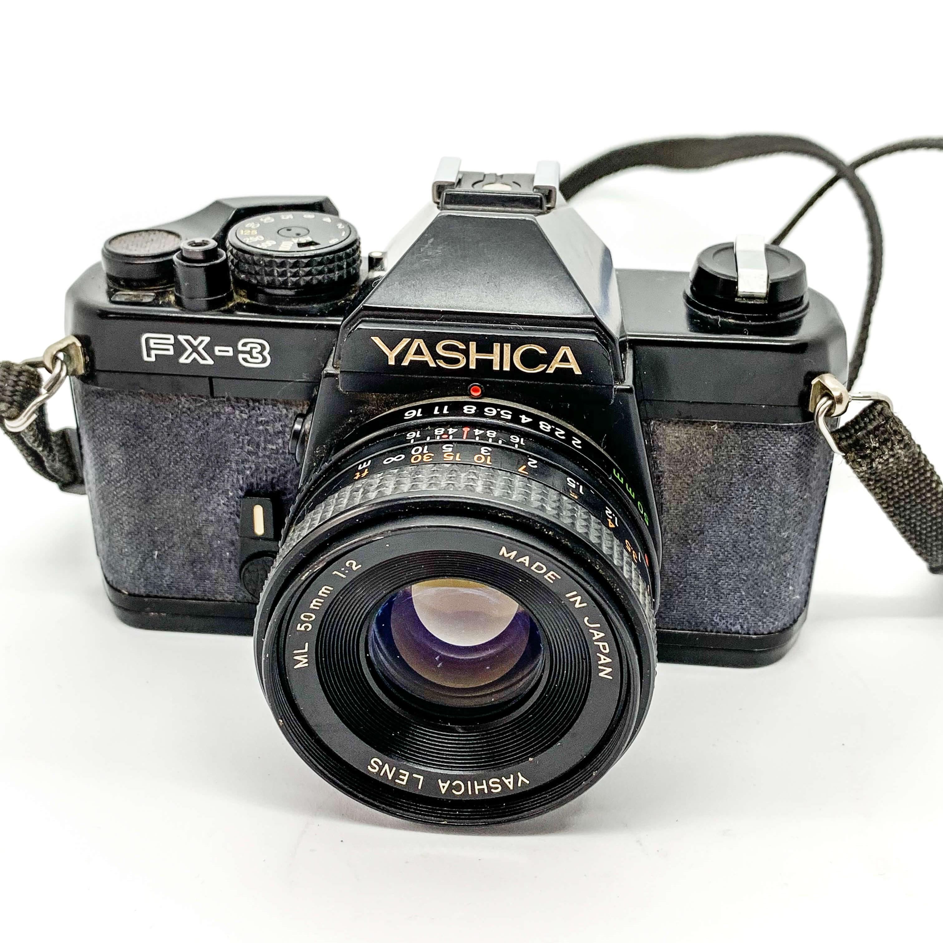 Yahisca FX 3 on white background