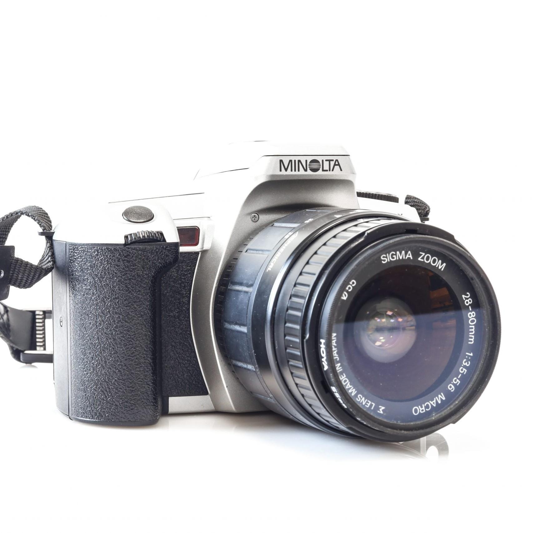 Fantastic Minolta Dynax 505si 35mm Film Camera + Sigma 28-80mm AF Lens