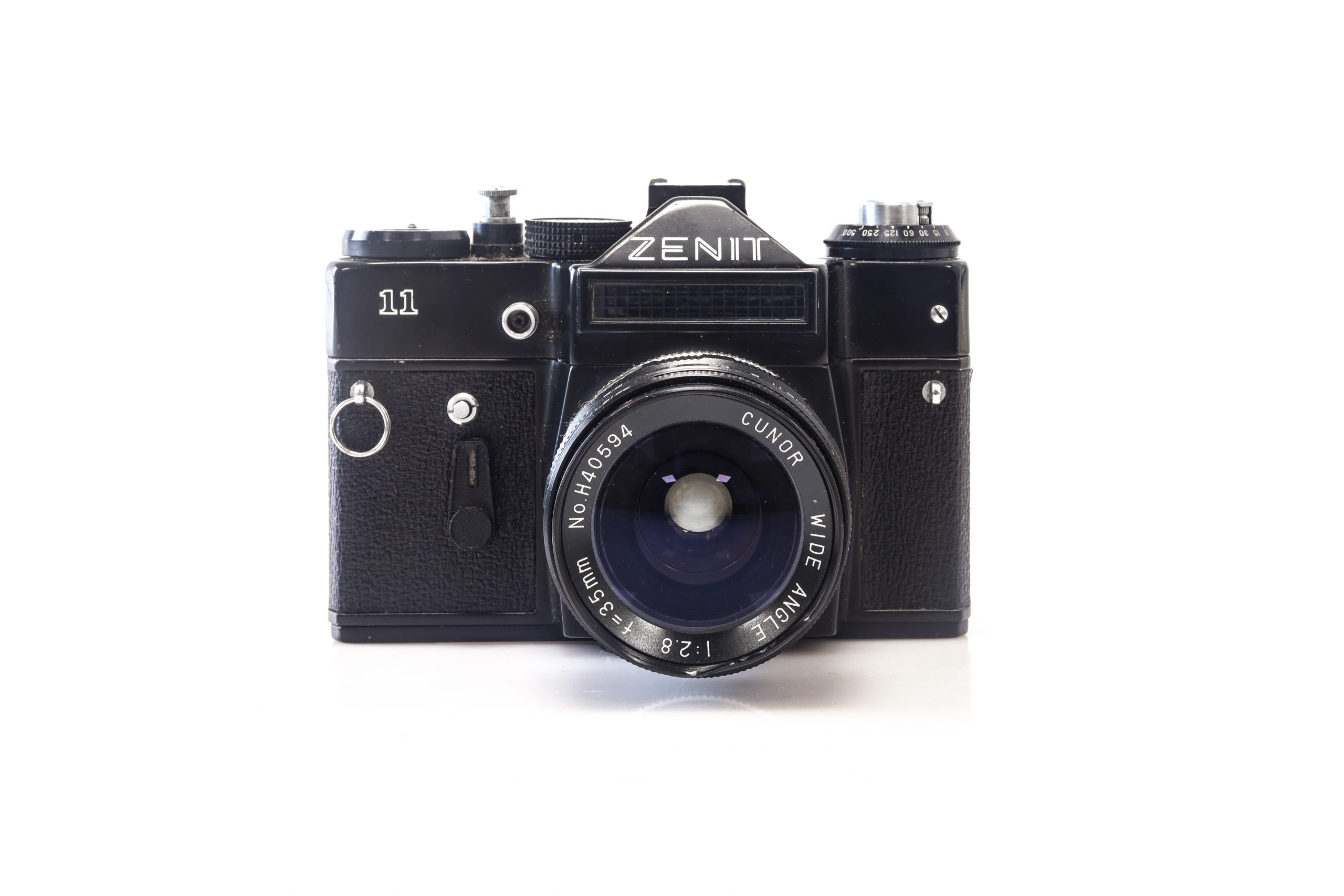 Stunning Zenit 11 35mm Film Camera + Cunor Wide Angle 35mm F2:8mm Lens