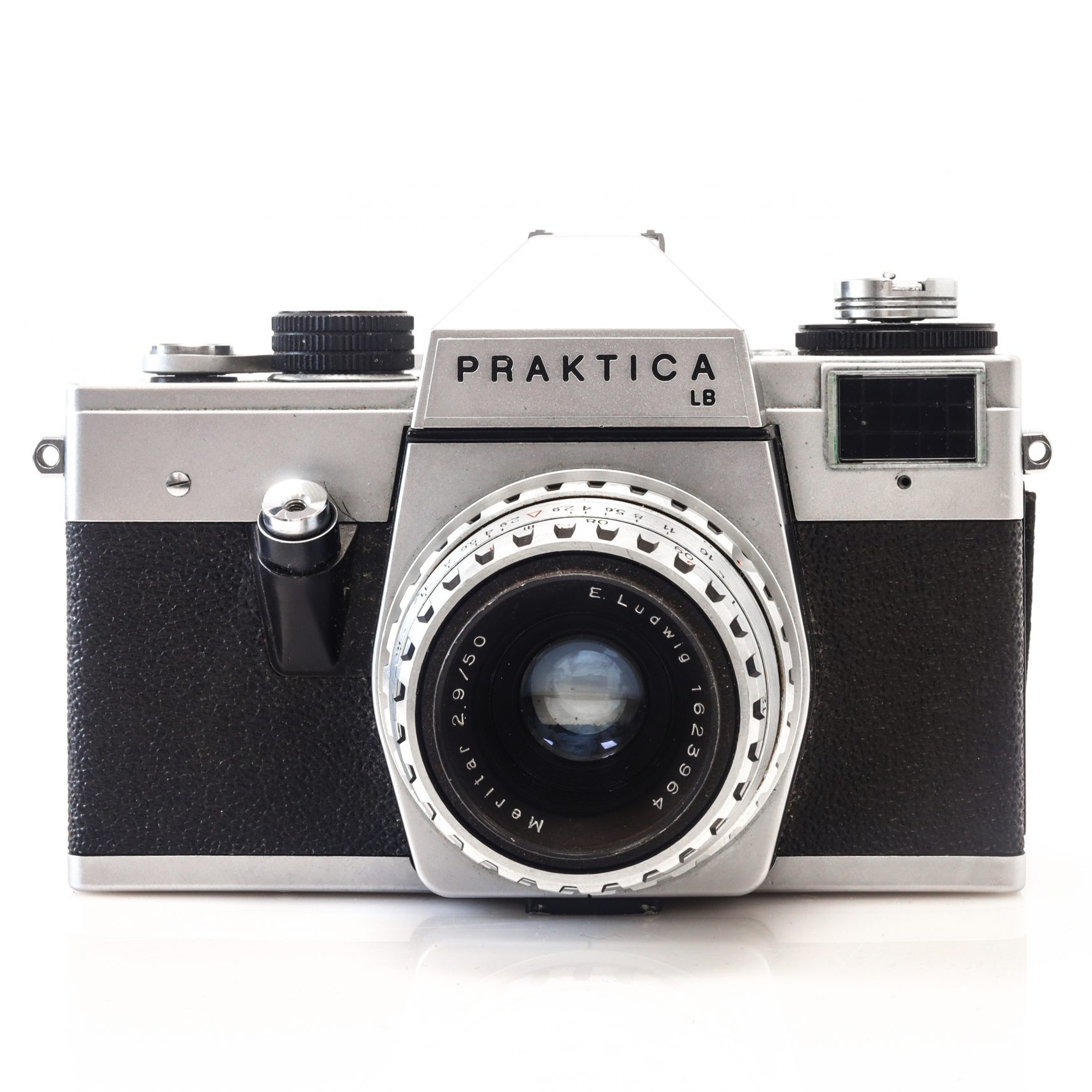 Beautiful Praktica LB 35mm Film Camera + 50mm Meritar E.Ludwig 2.9/50 Lens
