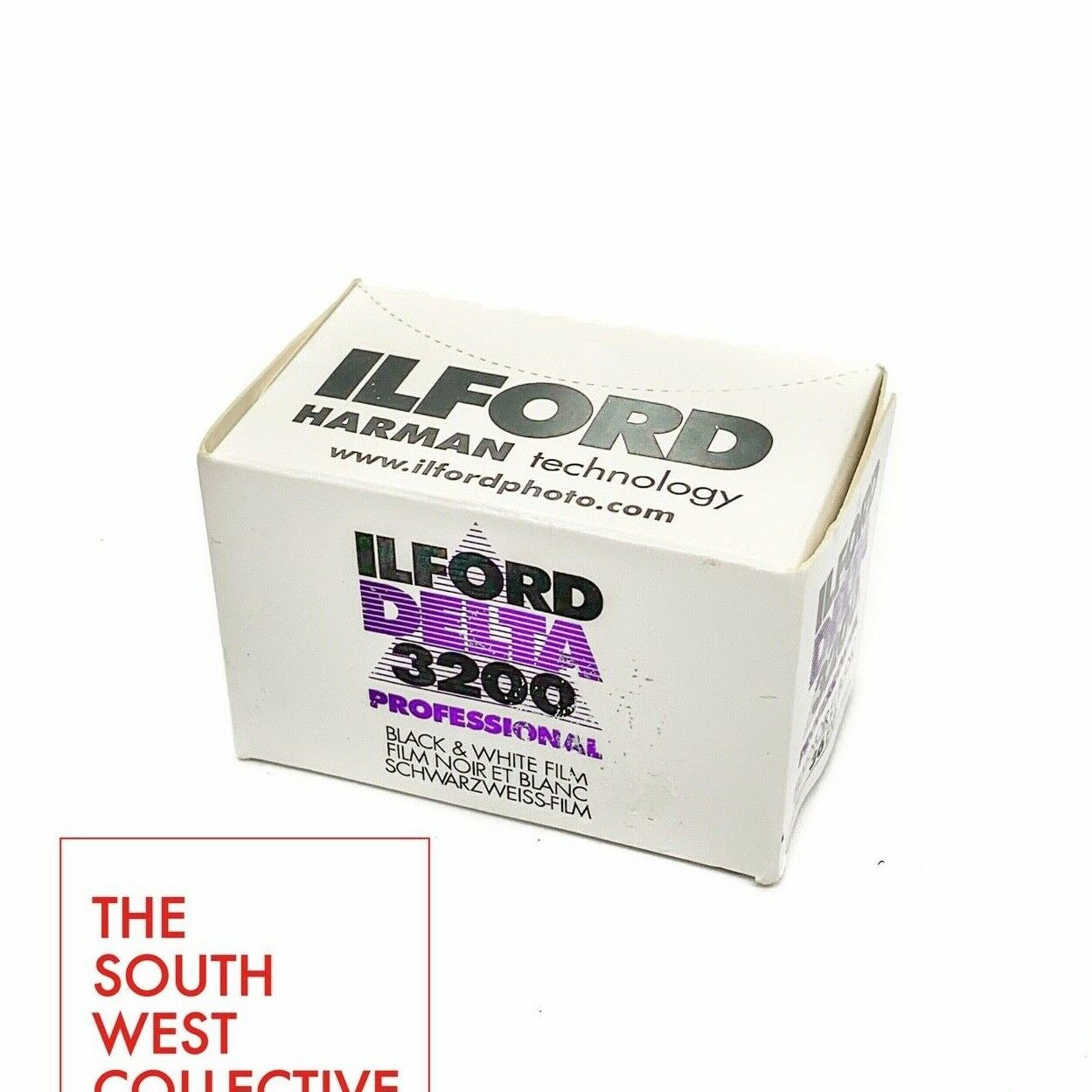 ILFORD DELTA 3200 PROFESSIONAL is the world's fastest black & white film with a nominal sensitivity of EI 3200/36°. This panchromatic film is the perfect choice for any difficult available light photography conditions.