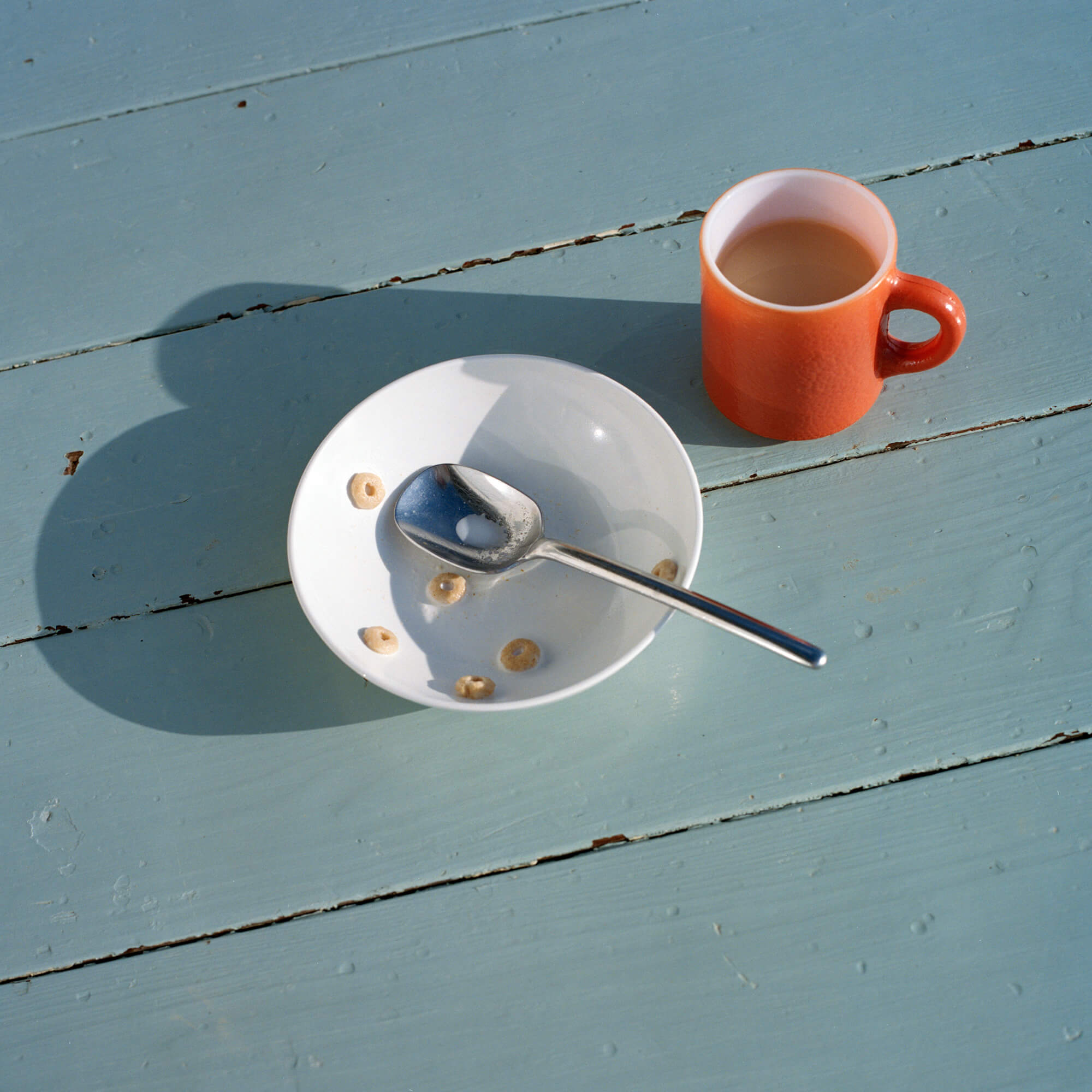 Phoebe Somerfield - Grapefruit Boulevard the south west collective of photography cup of tea and cereal bowl