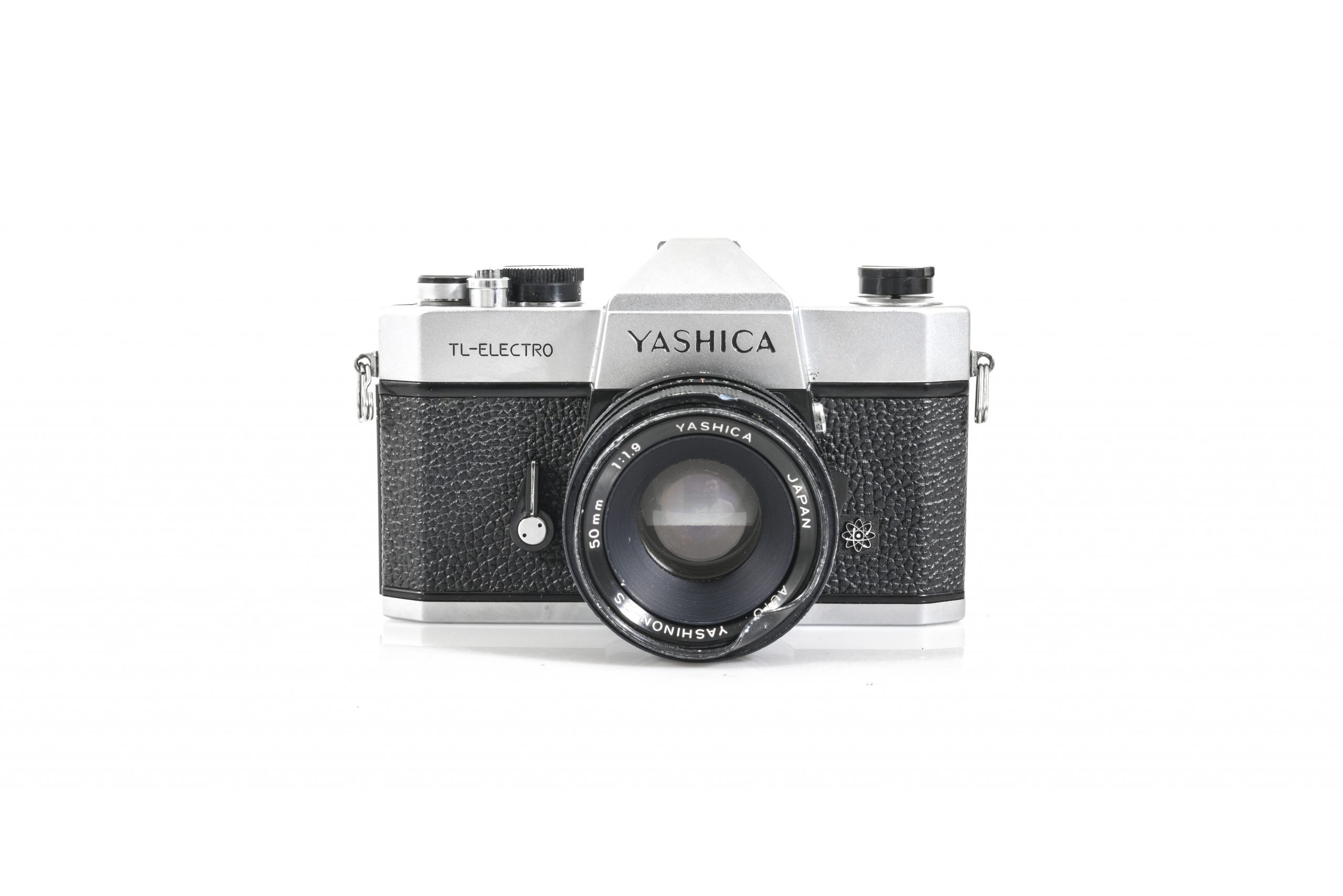 Yashica TL-ELECTRO 35mm SLR Film Camera + Yashinon-DS 50mm F1.9 Lens Lomo