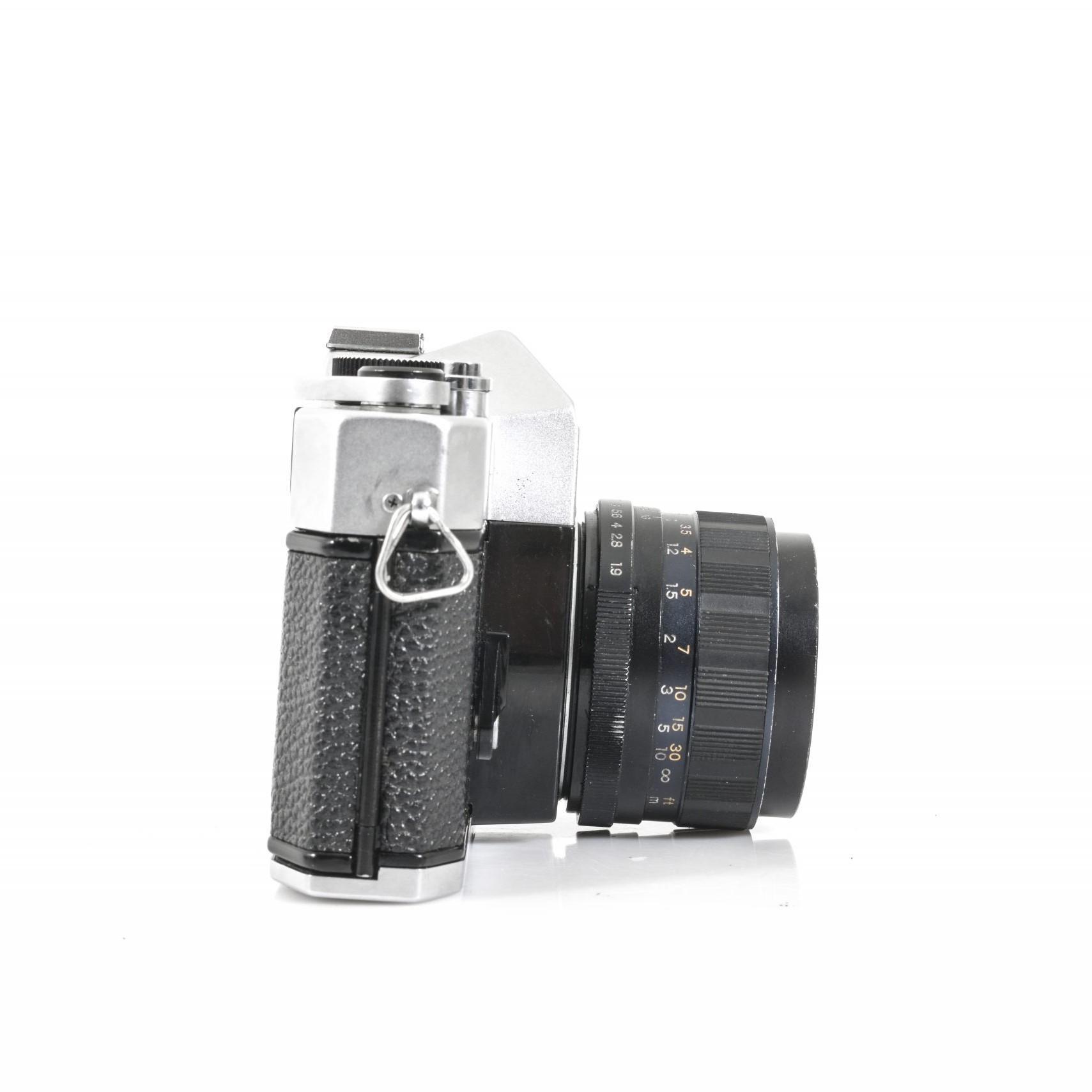Yashica TL-ELECTRO 35mm SLR Film Camera + Yashinon-DS 50mm F1.9 Lens Lomo