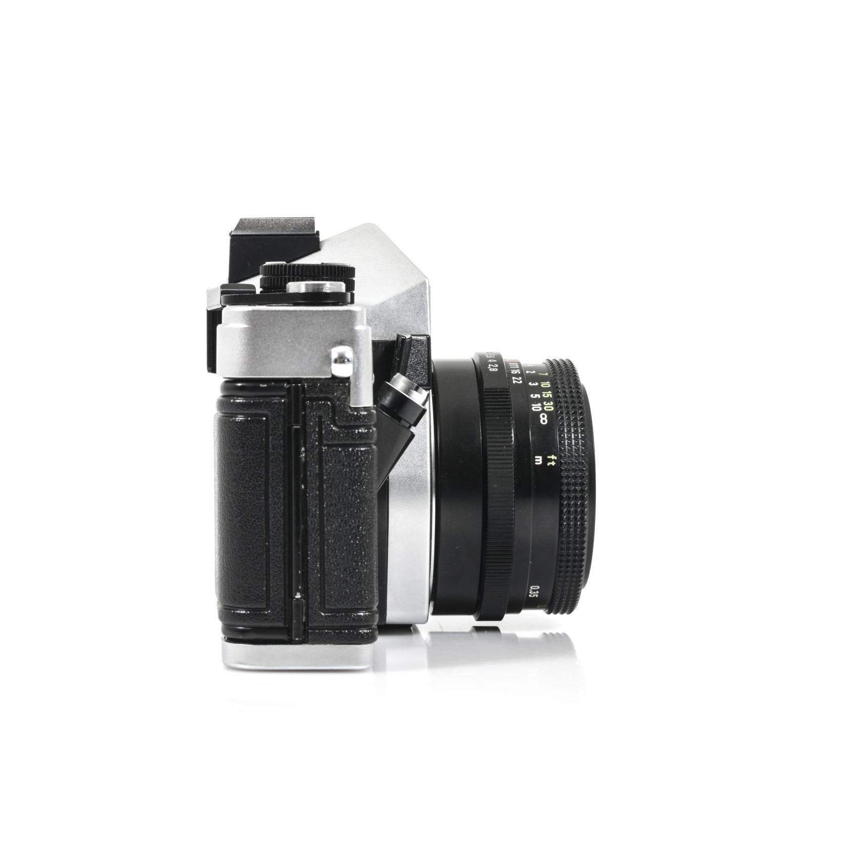 Gorgeous Praktica MTL 5 35mm Film Camera + Tessar 2.8/50 Carl Zeiss Jena DDR Lens