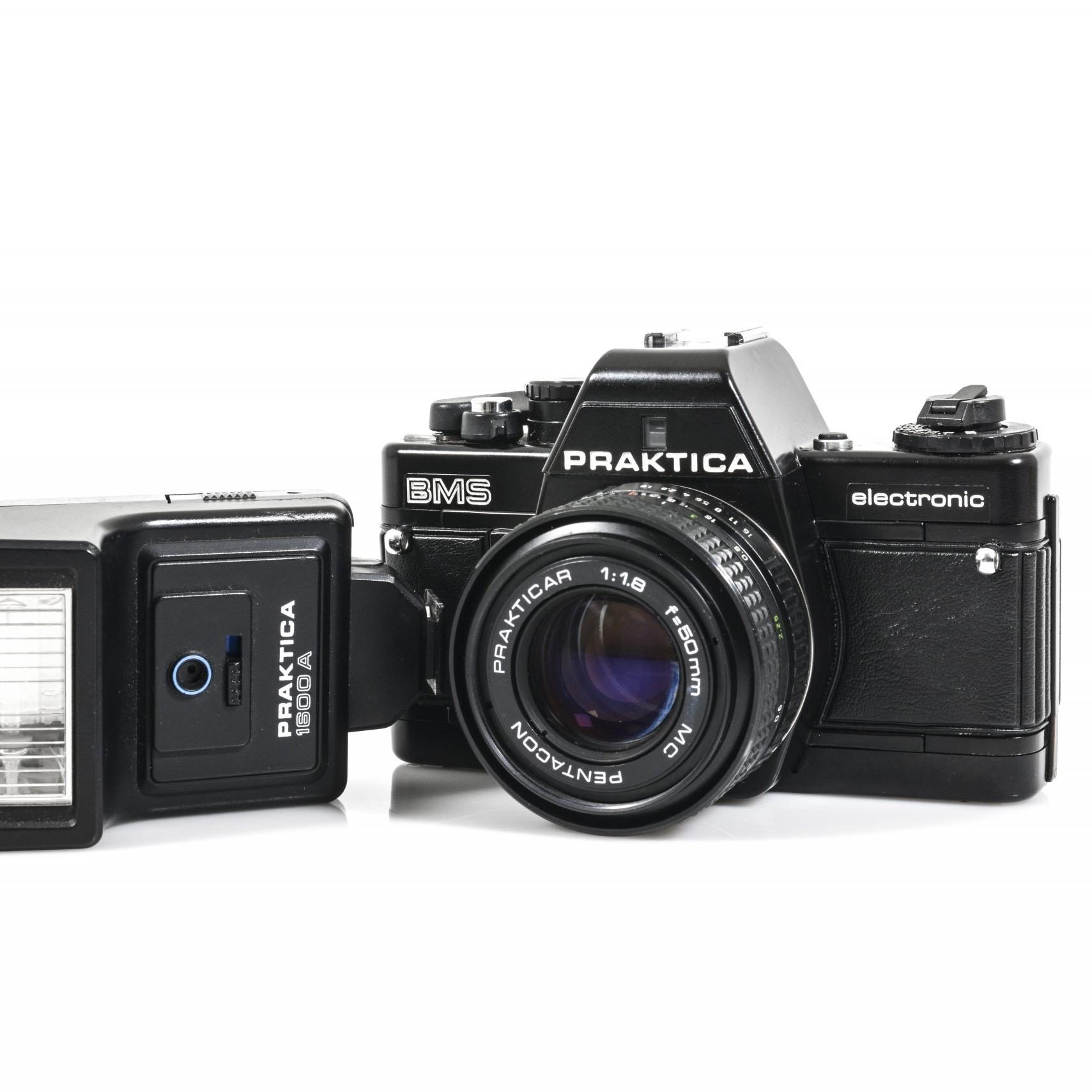 Immaculate Praktica BMS 35mm Film Camera with 50mm Lens + Flash Gun